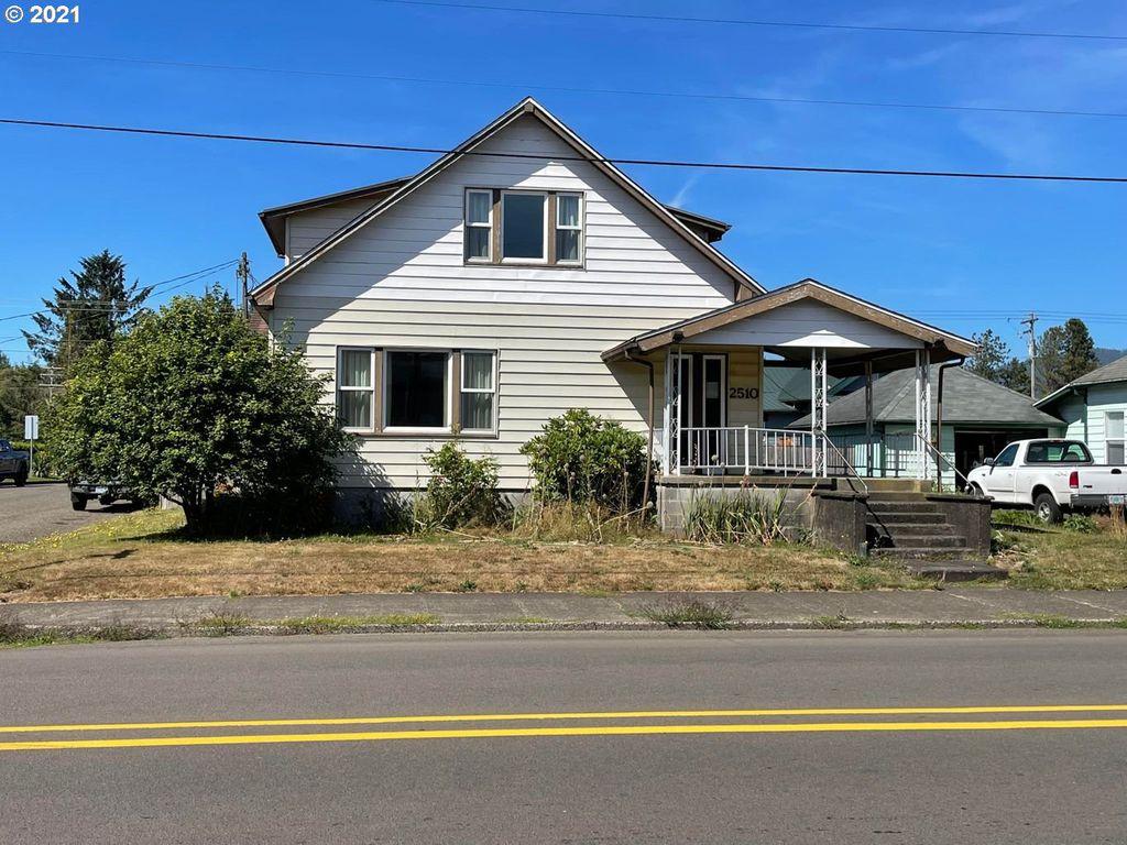 2510 3rd St, Tillamook, OR 97141