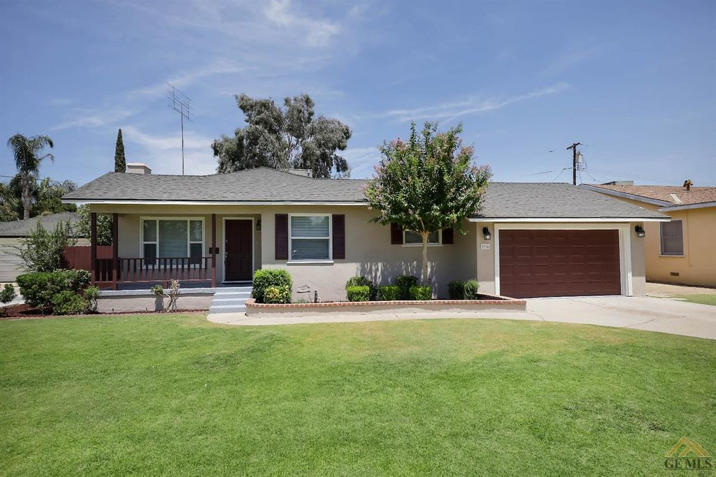 2716 Buena Vista St, Bakersfield, CA 93304