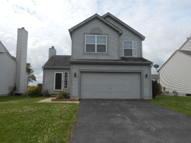 7481 Oliver Winchester Dr, Canal Winchester, OH 43110