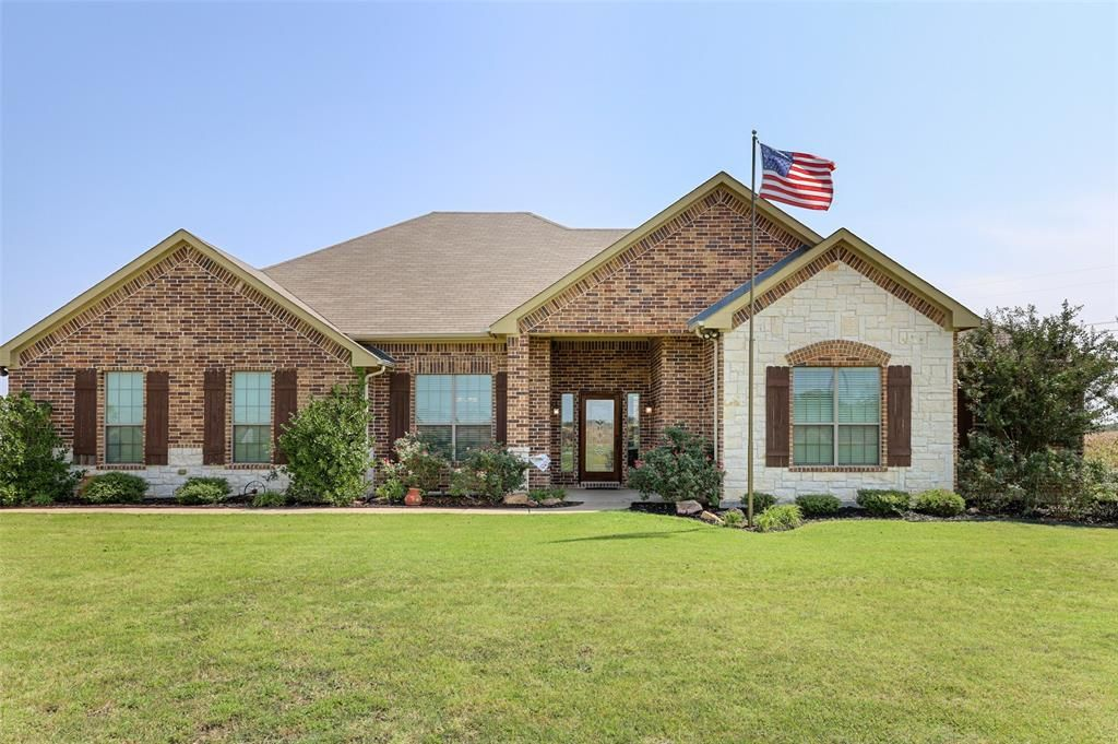 246 John Marr Rd, Van Alstyne, TX 75495