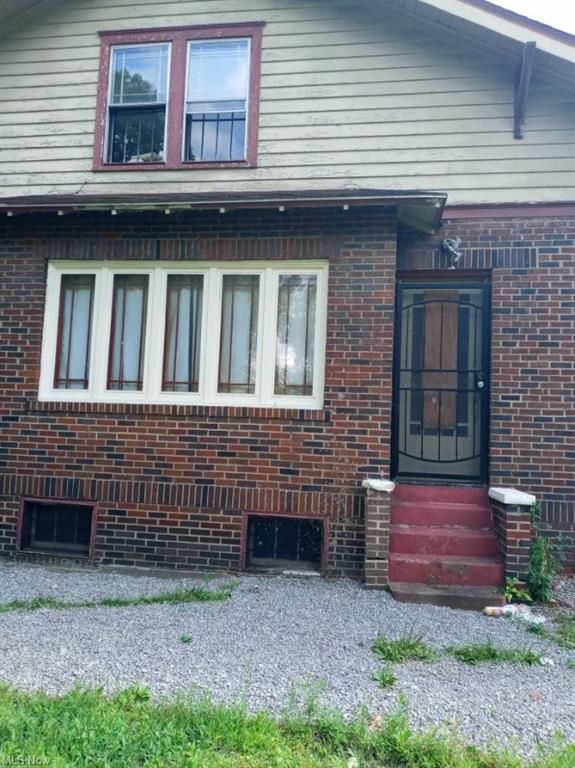 3111 Hillman St, Youngstown, OH 44507