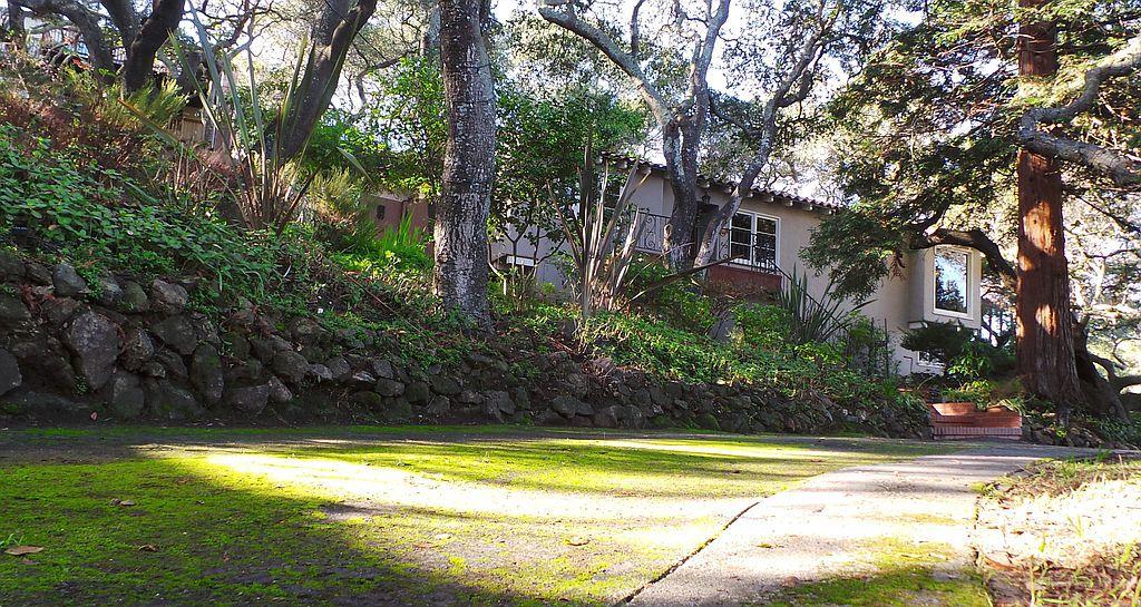 204 Alameda De Las Pulgas, Belmont, CA 94002