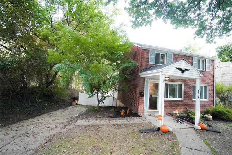 208 Richland Dr, Pittsburgh, PA 15235