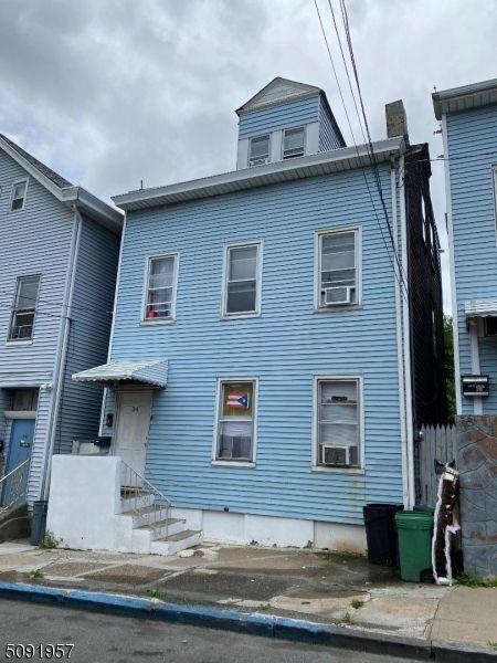 34 20th Ave, Paterson, NJ 07501