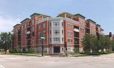 235 N Smith St #503, Palatine, IL 60067