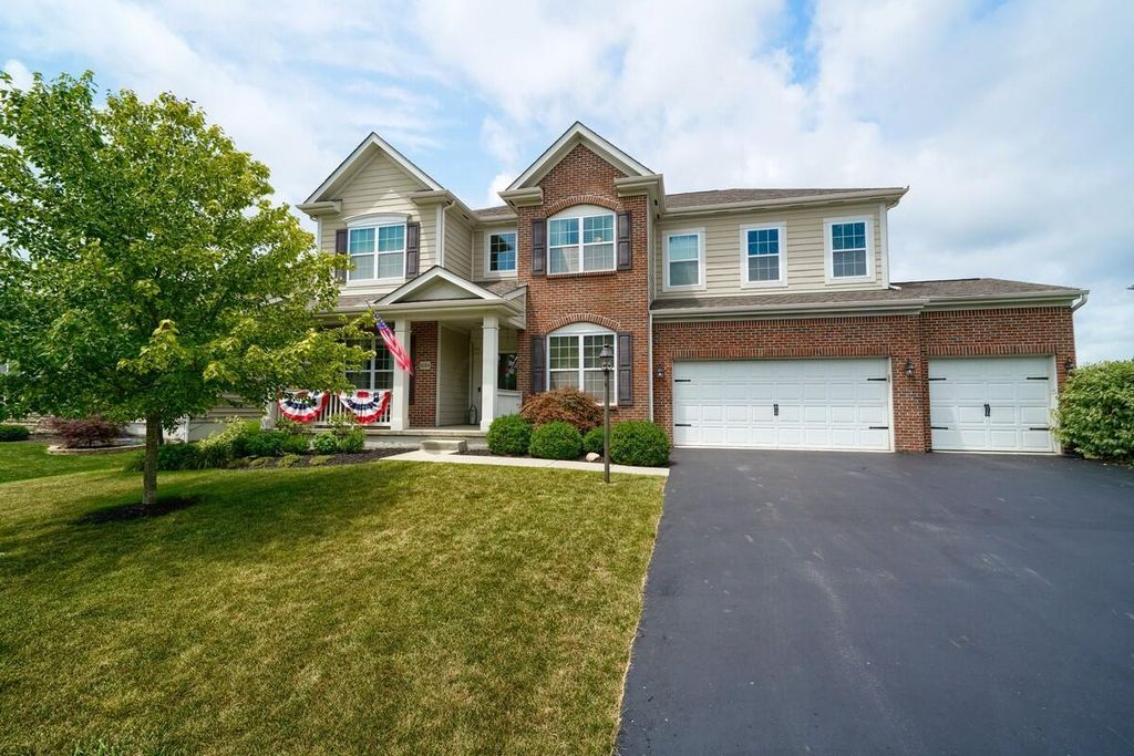 6584 Scioto Chase Blvd, Powell, OH 43065