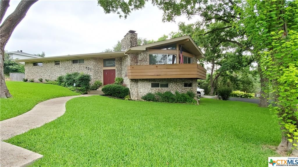 407 Downing St, Belton, TX 76513