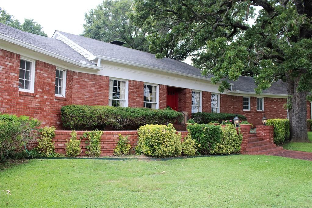 109 Country Club Rd, Ardmore, OK 73401