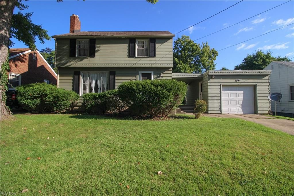 1758 Ridgelawn Ave, Youngstown, OH 44509