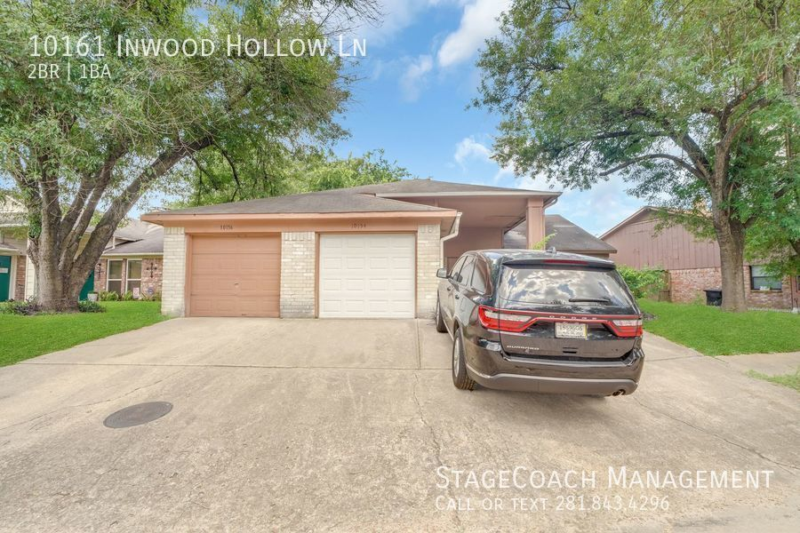 10161 Inwood Hollow Ln, Houston, TX 77088