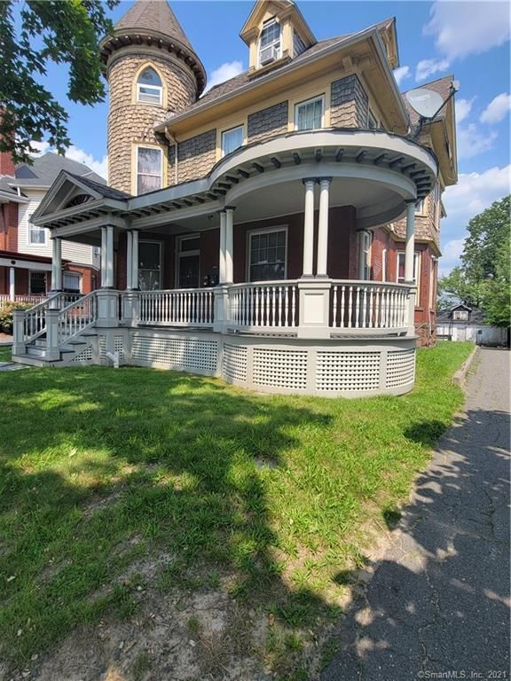 216 Wethersfield Ave, Hartford, CT 06114
