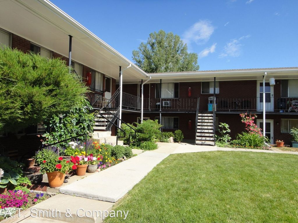 5427 Dover St #A, Arvada, CO 80002