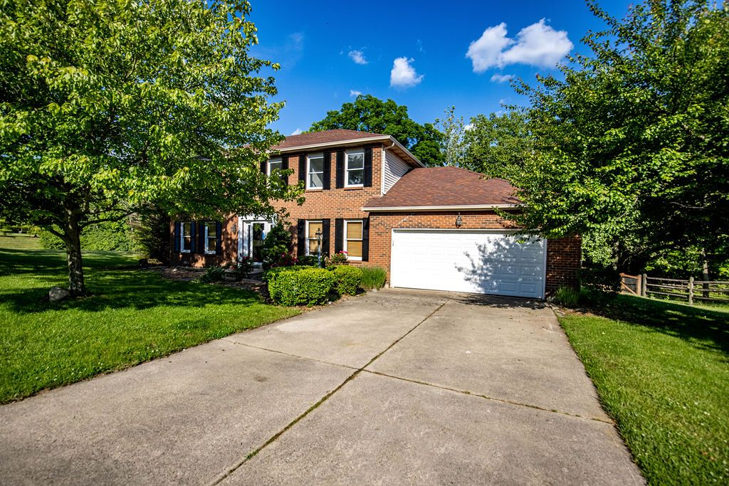 7644 Wethersfield Dr, West Chester, OH 45069