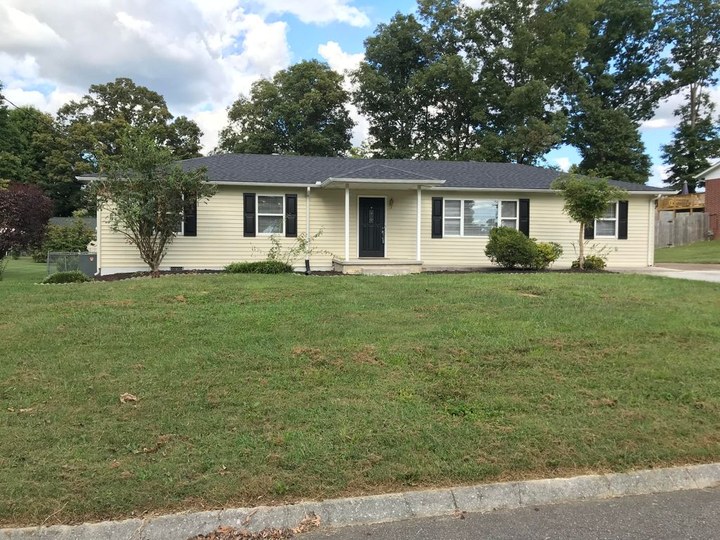 7905 N Forest Rd NW, Knoxville, TN 37909
