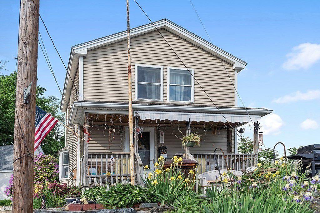 21 Brown St, Marlborough, MA 01752