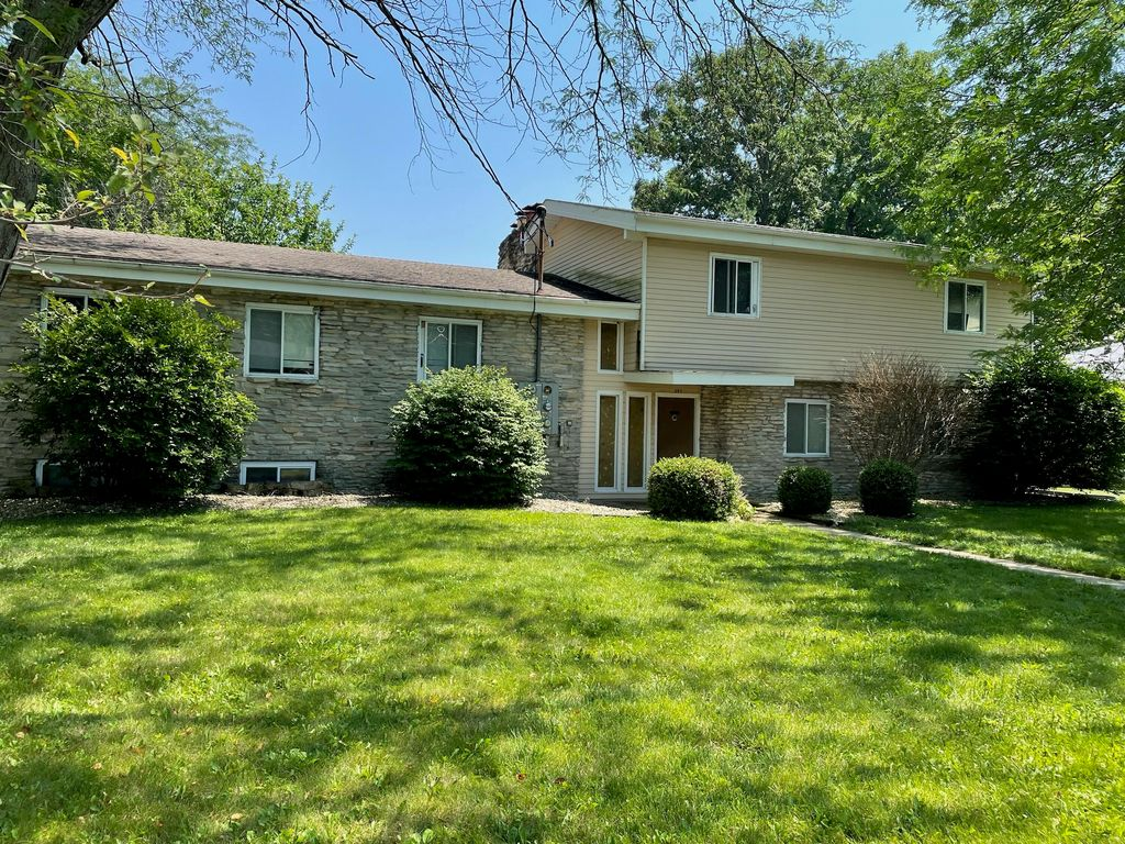397 Tidd Dr, Galion, OH 44833