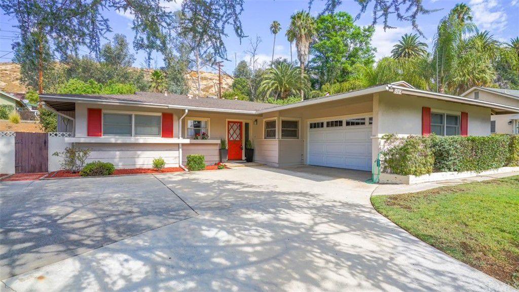 5587 Carson Rd, Riverside, CA 92506