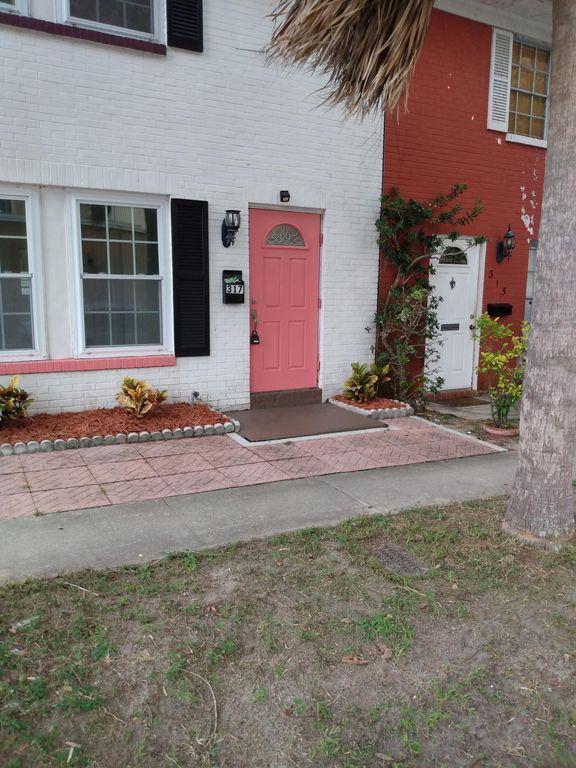 317 Eldridge St, Clearwater, FL 33755