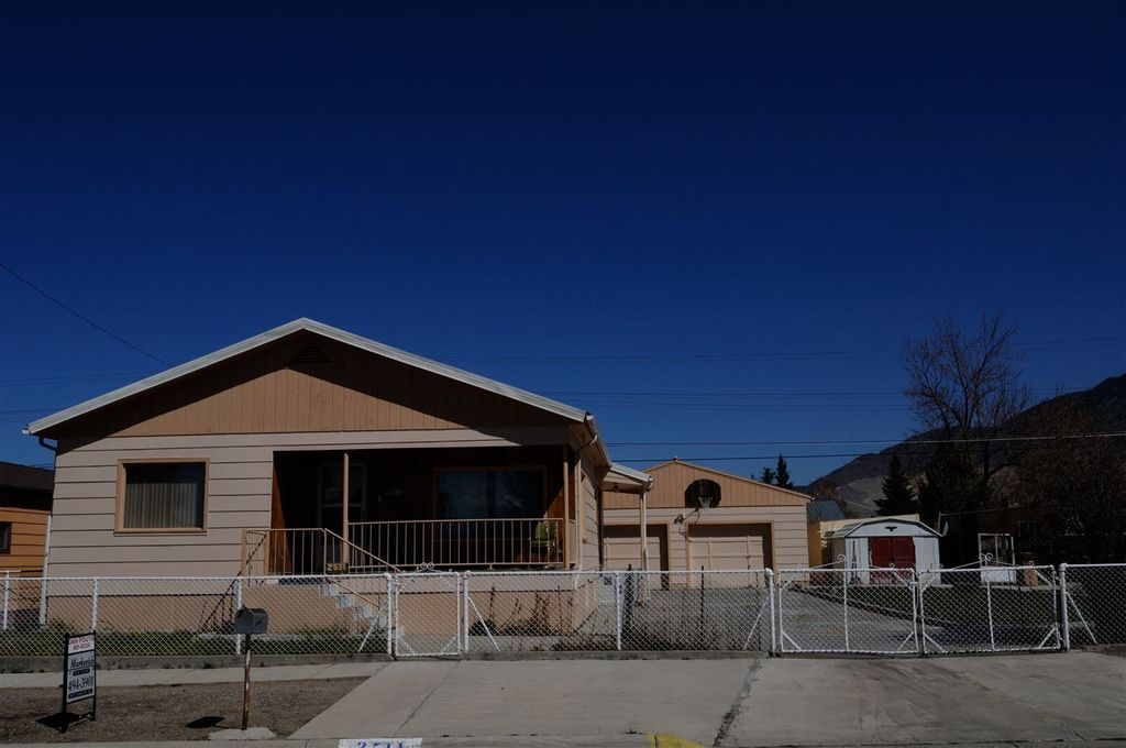 2511 Elm St, Butte, MT 59701