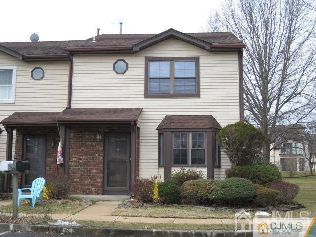 138 Leah Ct, Dayton, NJ 08810