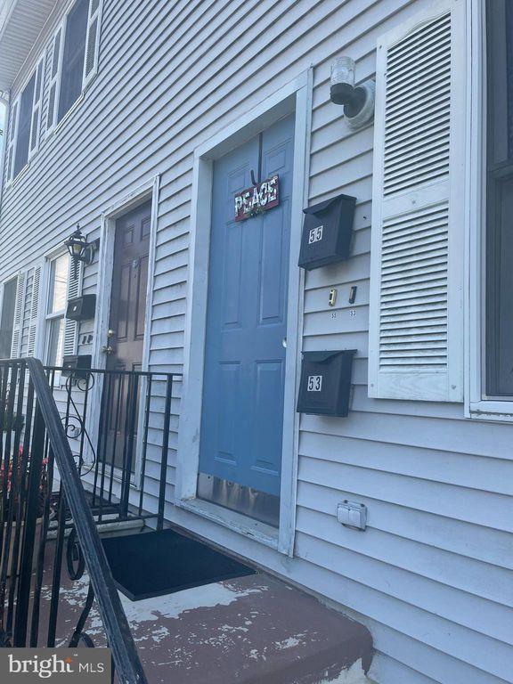 55 Summer St #B, Trenton, NJ 08618