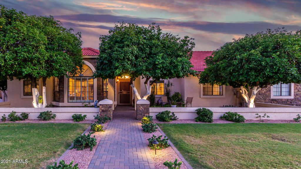 3865 E Farmdale Ave, Mesa, AZ 85206
