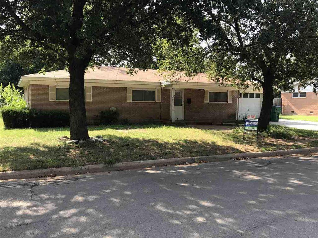 506 Mimosa St, Burkburnett, TX 76354