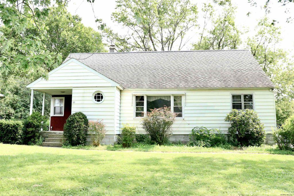 59 Phillips Rd, Rensselaer, NY 12144
