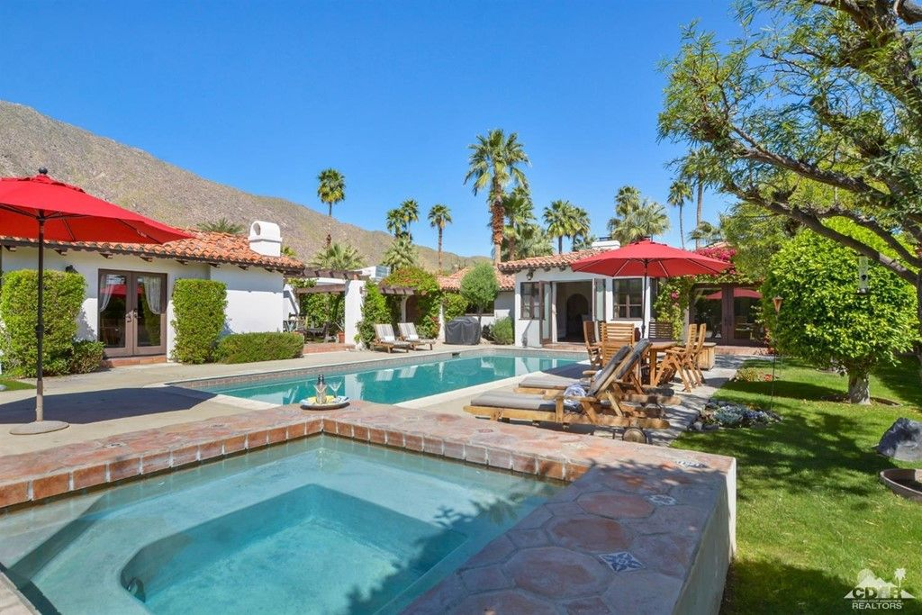 195 E Ocotillo Ave, Palm Springs, CA 92264