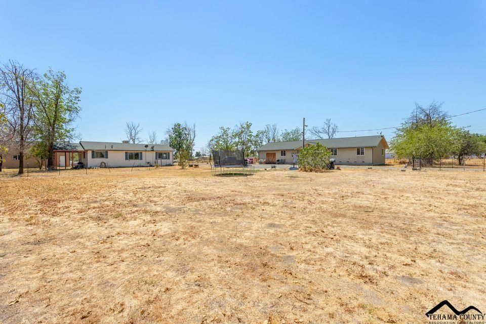 21815 Flores Ave, Red Bluff, CA 96080