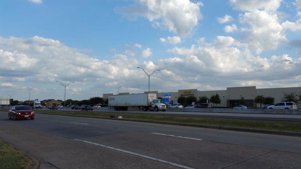 4417 US Highway 80 E #28fmwp3ny, Mesquite, TX 75150