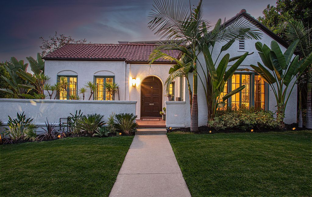 1717 N Vista St, Los Angeles, CA 90046