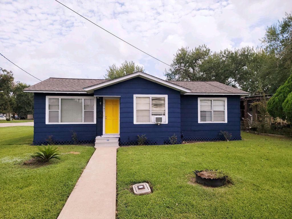 1501 Avenue L St, Bay City, TX 77414