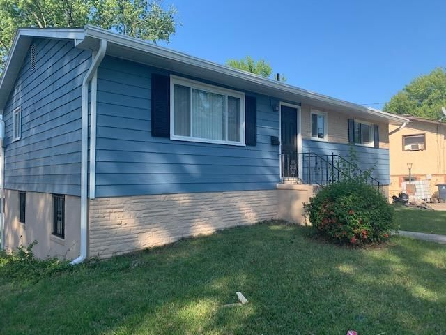 6814 Drylog St, Capitol Heights, MD 20743