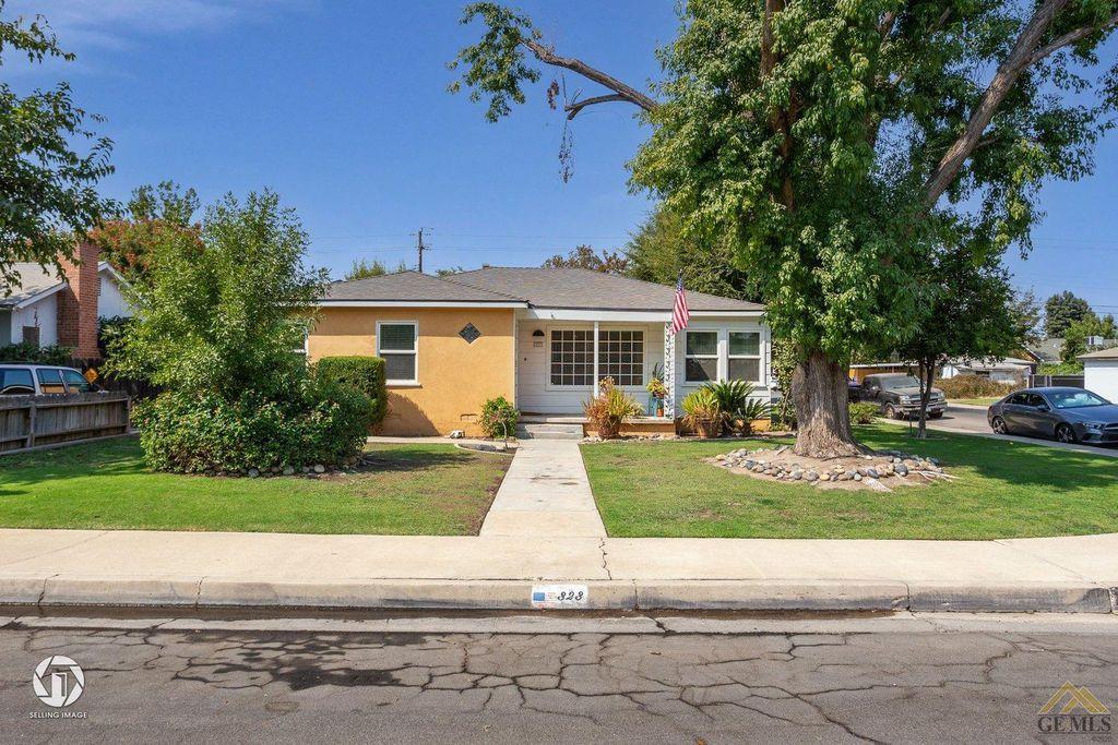 323 Beech St, Bakersfield, CA 93304
