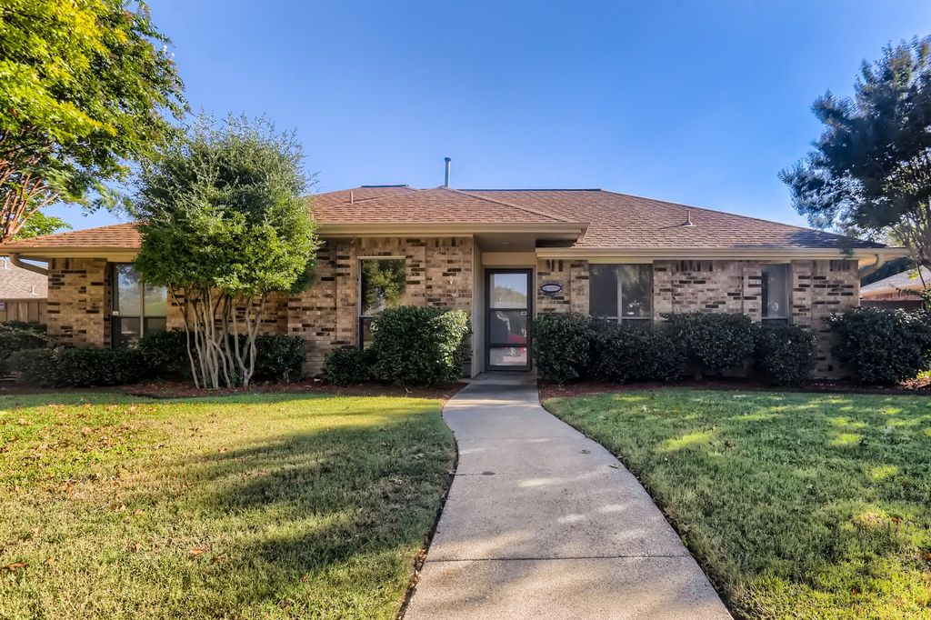 749 Eagle Dr, Coppell, TX 75019