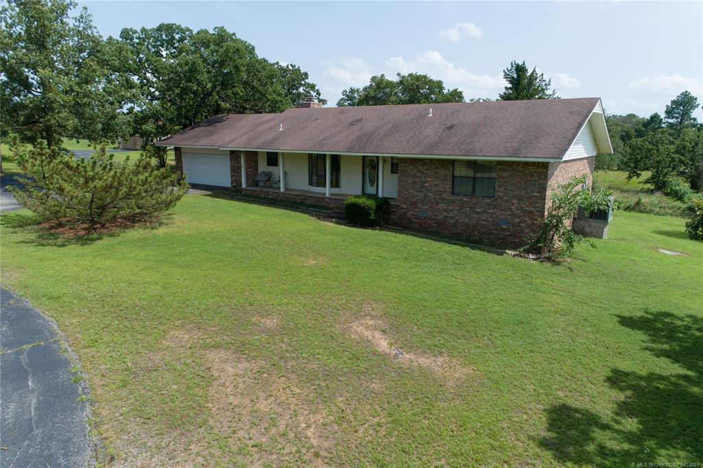 9390 Hedge Rd, Henryetta, OK 74437
