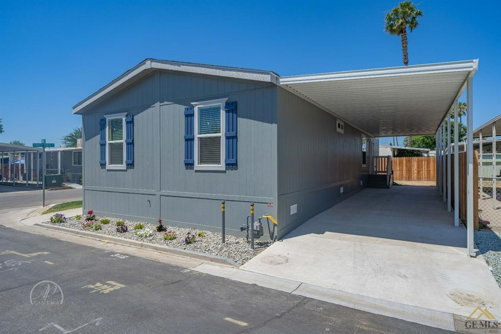 316 Nita Ln, Bakersfield, CA 93308