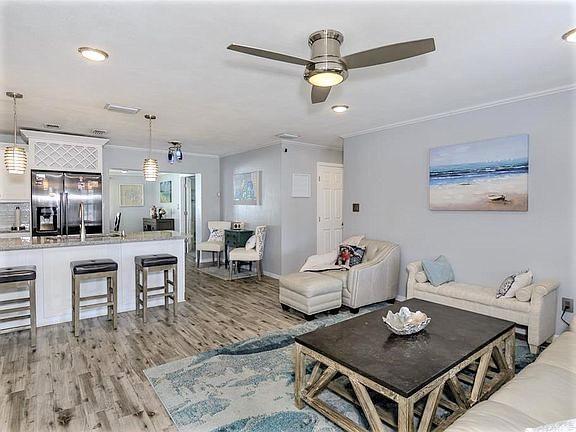 2284 Nash St, Clearwater, FL 33765