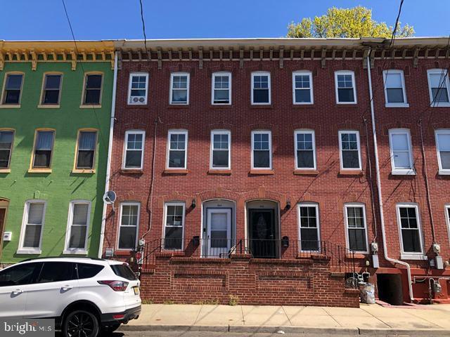 244 Spring St, Trenton, NJ 08618