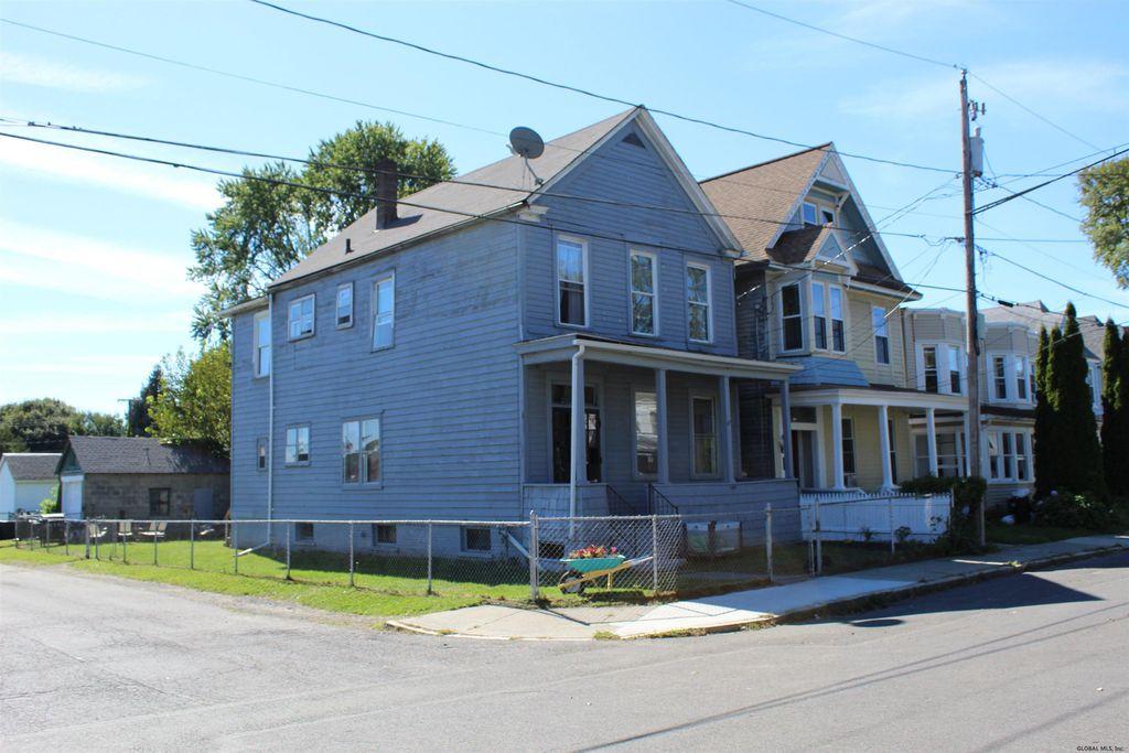 23 Aiken Ave, Rensselaer, NY 12144