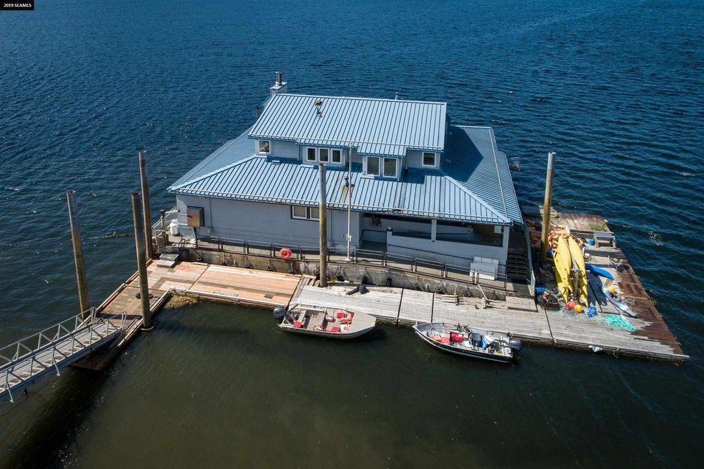 Floating Building, Thorne Bay, AK 99919