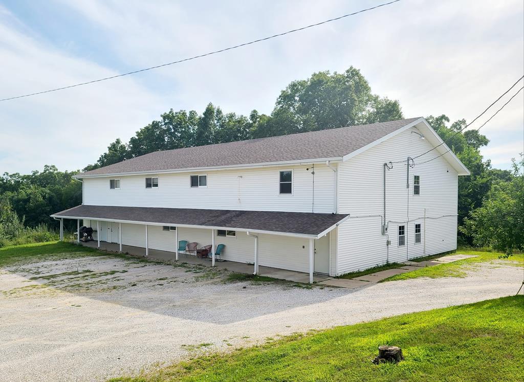 18221 Salem Trl, Kirksville, MO 63501