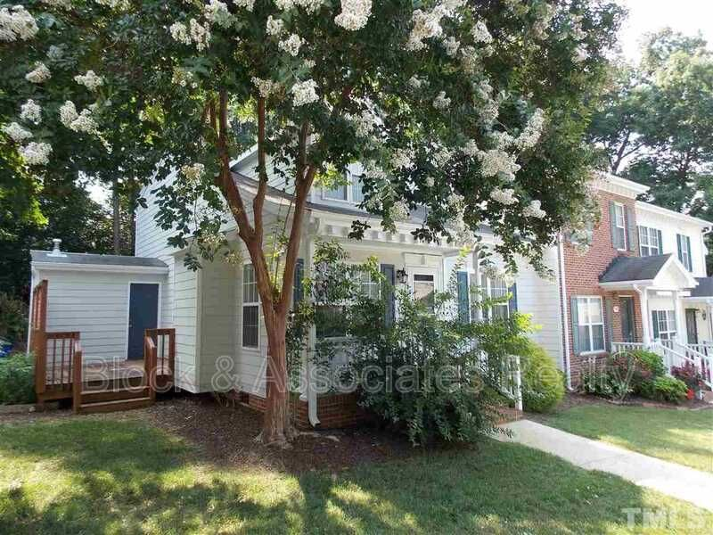 2701 Sterling Park Dr, Raleigh, NC 27603