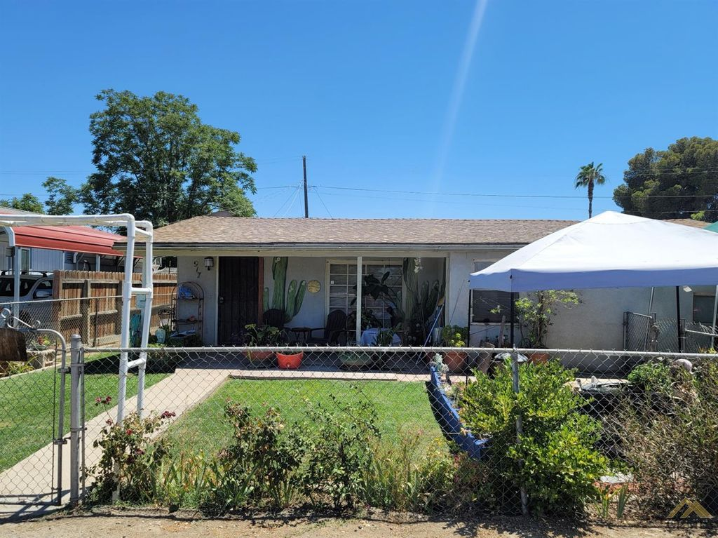 917 Curtis Dr, Bakersfield, CA 93307