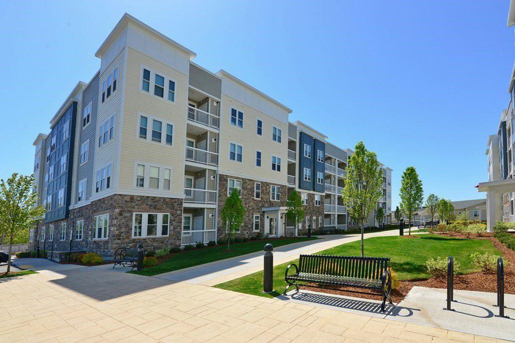 130 University Ave #1307, Westwood, MA 02090