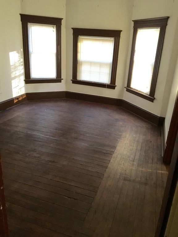 519 East St #1, New Britain, CT 06051