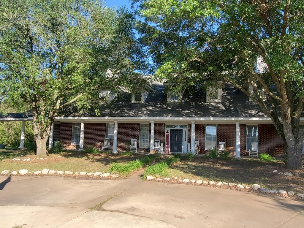 8260 N State Highway 94, Groveton, TX 75845