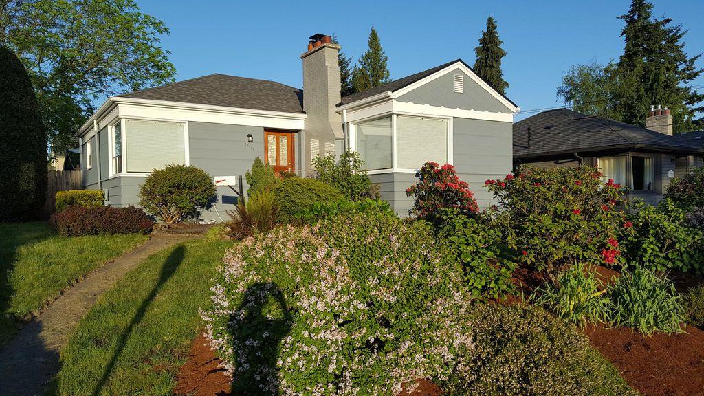 12258 Dayton Ave N, Seattle, WA 98133