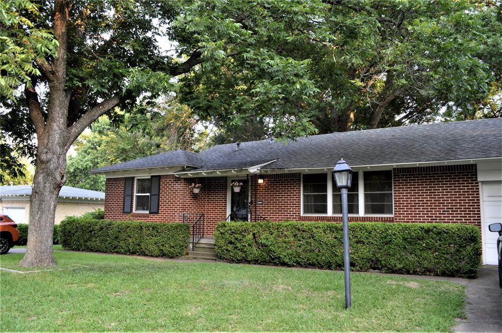 1716 Oldgate Ln, Garland, TX 75042